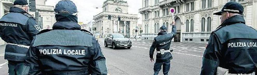 Blocco del traffico a Milano, polizia locale
