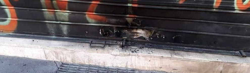 Saracinesca bruciata sede Lega