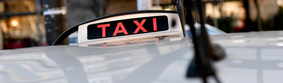 Taxi fiocco nero