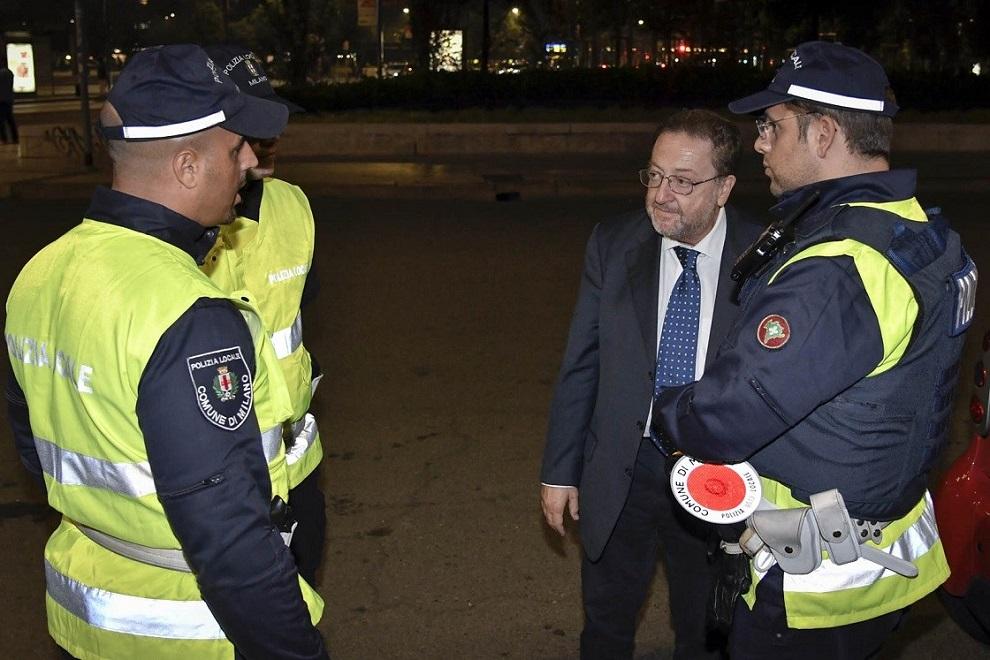 De Corato con Polizia Locale